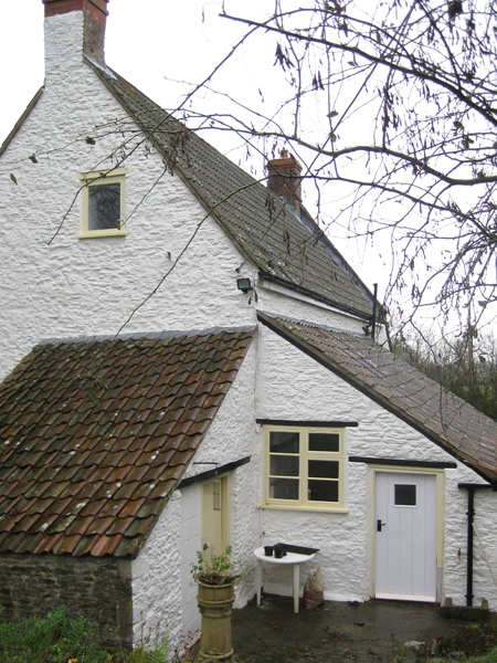 The back of Discove Cottage